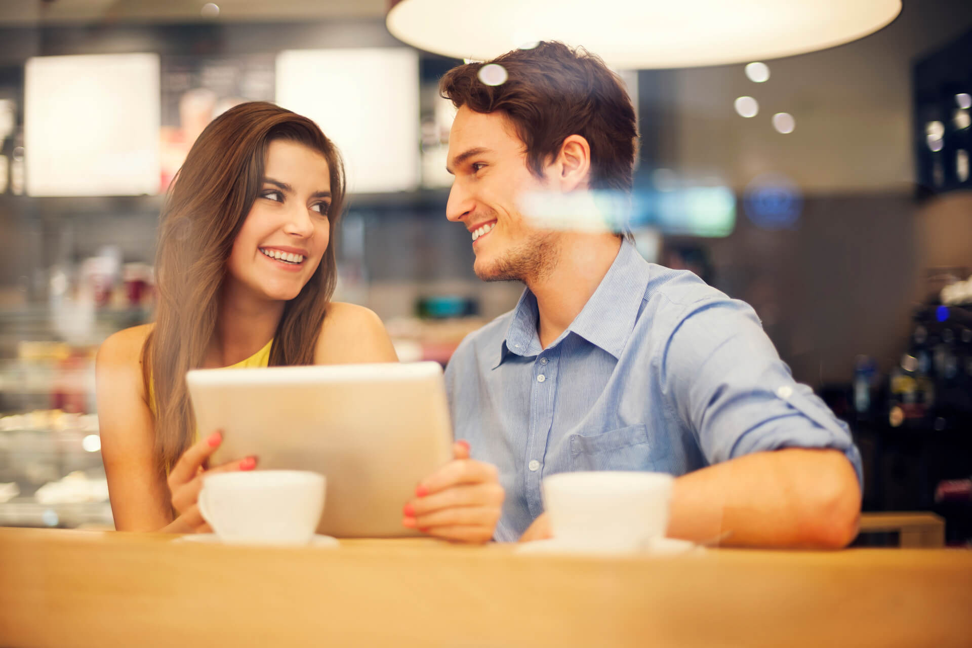 How to turn online dating into relationship